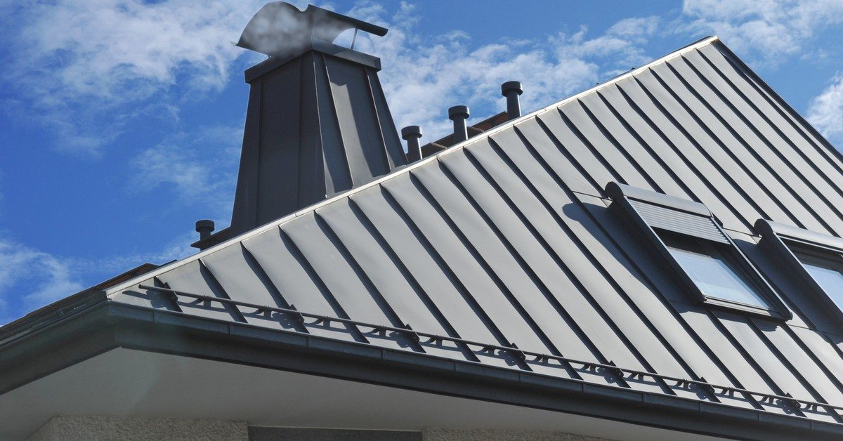 Standing Seam Metal Roofing System in the cottage